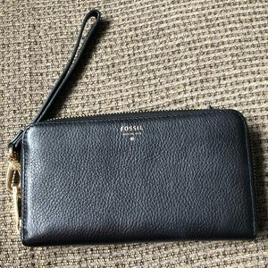 Black Leather Fossil Wristlet